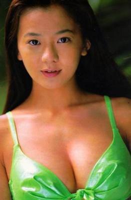 戸田恵子さんのグラビア