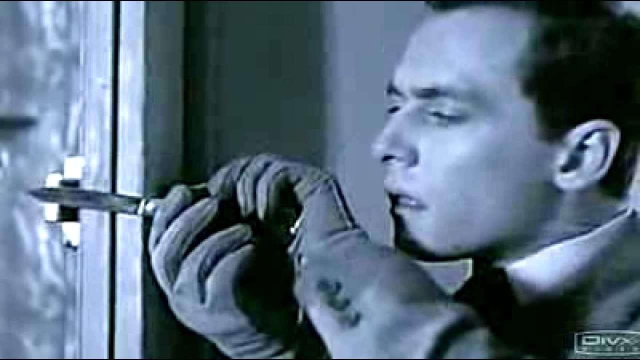 Ascenseur pour L'echafaud (死刑台のエレベーター)-Miles Davis - YouTube