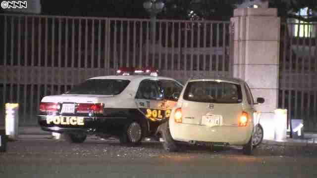 「母へ」メモ残し…国会正門前で、車がパトカーに突っ込む「自民党を困らせるため」