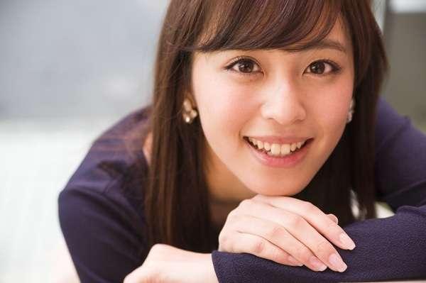 小島よしおの奥さんが美人すぎると話題に