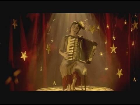 "Camel,under the moonlight / Uri Nakayama  ""月とラクダの夢を見た"" - YouTube"