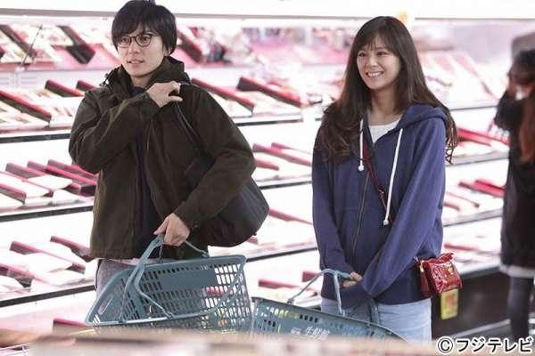 お買い物中の山村隆太