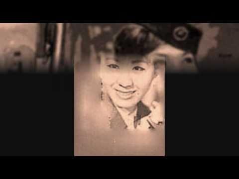 東京のバスガール 初代コロムビア・ローズ さん - YouTube