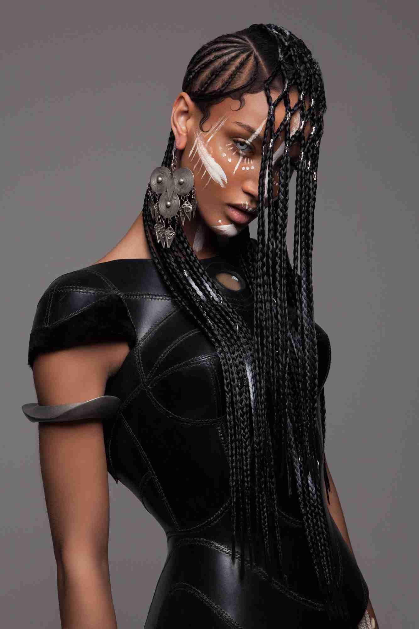 ジョジョに似てる!?世界的に有名なヘアアーティストの最新コレクションが斬新すぎる
