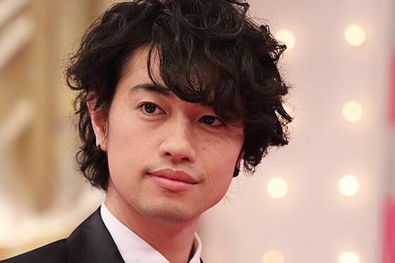 「笑ってはいけない」で斎藤工がサプライズゲスト まさかのキャラを熱演 - ライブドアニュース