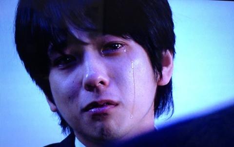 二宮和也が「夢」を歌いながら号泣!彼女との別れが原因!?真相は?|MARBLE [マーブル]