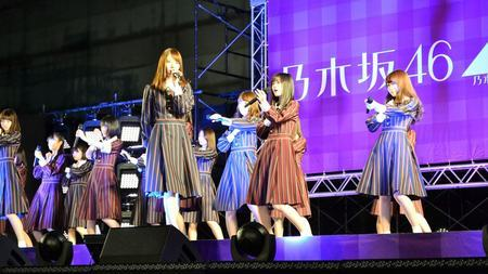 乃木坂46、女性アイドルの頂点に立った必然 (東洋経済オンライン) - Yahoo!ニュース