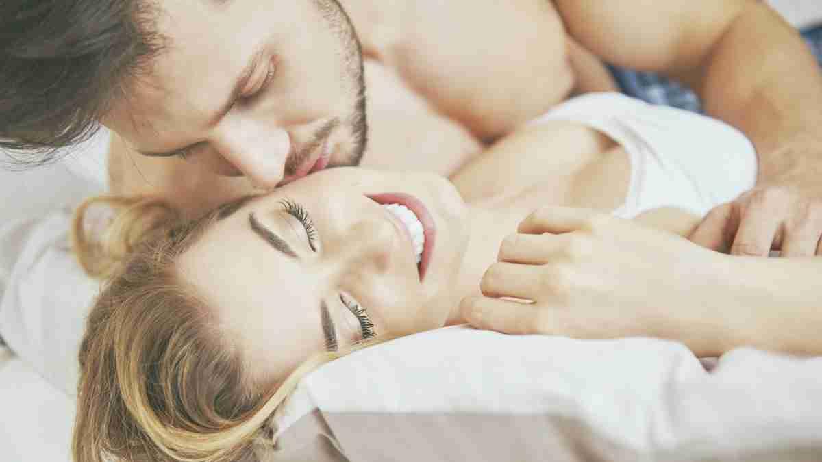 「本命の女性」だけにする、ベッドの上での10の行為 | TABI LABO