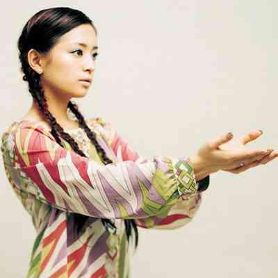 三つ編みが可愛い芸能人の画像を貼るトピ