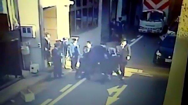 大阪府警が山健組組員をリンチか ネットに防犯カメラ映像が出回る 刑事告訴も