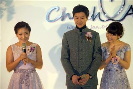 愛ちゃん披露宴・会見詳報 250万円ドレスに身を包み…「とても幸せです」 (産経新聞) - Yahoo!ニュース