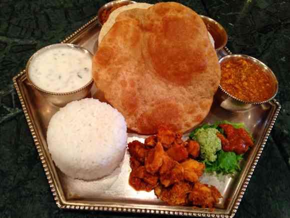 【なんで?】ナンがない奥深き本格南インド料理を食べてみた / 東京・東銀座「ダルマサーガラ」 | ロケットニュース24