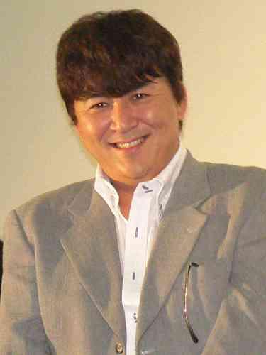嶋大輔が芸能界引退、参議院出馬へ