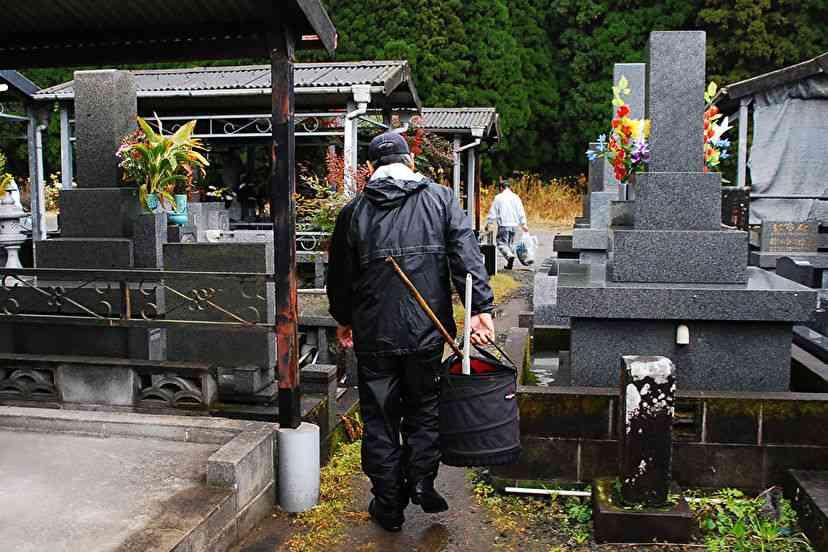 「荒れ墓」「無縁墓」…墓を継ぐ人がいなくなる - Yahoo!ニュース