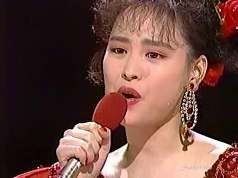 松田聖子 続・赤いスイートピー ~ 赤いスイートピー ('88.4.20) - YouTube