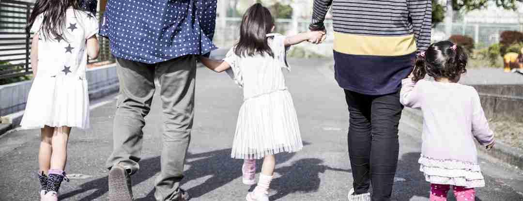 子殺しの翌日、「鬼畜夫婦」は家族でディズニーランドへ行っていた(石井 光太) | 現代ビジネス | 講談社(1/3)
