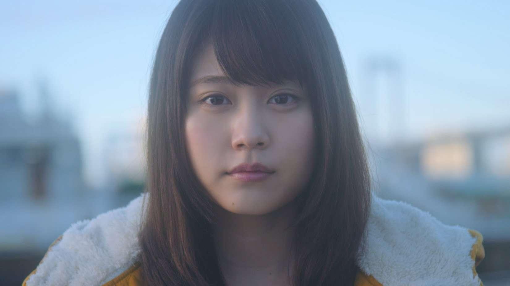 手嶌葵 「明日への手紙」 作詞作曲:池田綾子(2002年デビュー・武蔵野音大卒の38歳美人シンガーソングライター)