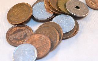 初詣に行ったらお賽銭をいくら出します・出しましたか?