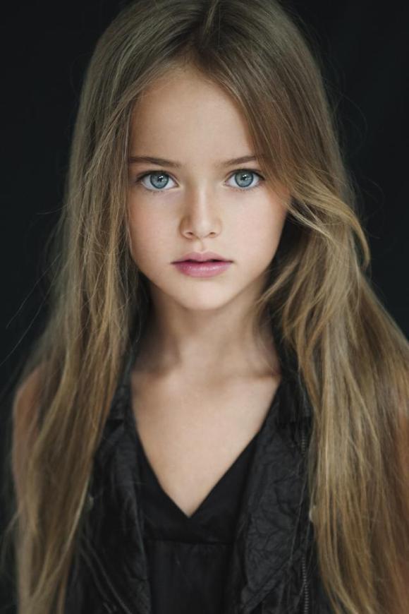 8歳にして恐ろしいほどの美貌!ロシアの完璧美少女「クリスティーナ・ピメノヴァ」ちゃんが話題