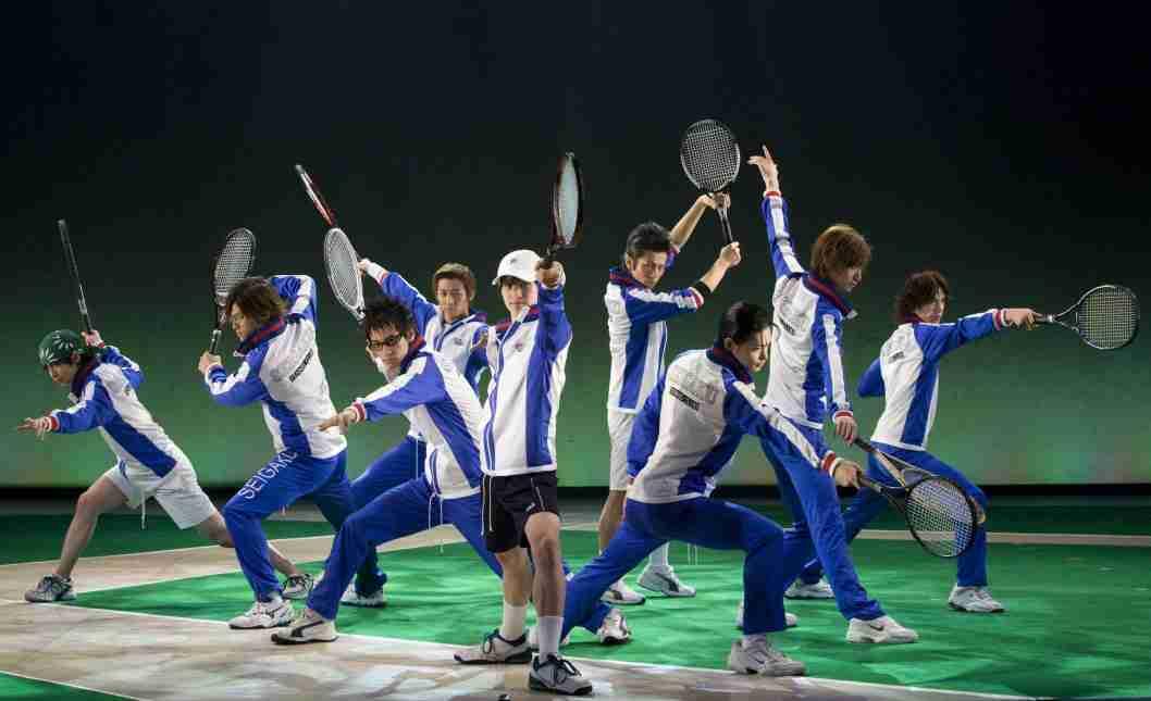 テニスの王子様ミュージカルでラケットが客席へ飛ぶ事故 客が流血も公演続行、運営が謝罪