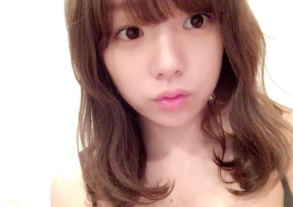 篠崎愛がショートヘアにイメチェン!「天使みたいに可愛い」「10代に見える」と驚きの声
