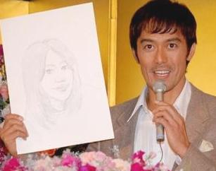 """43歳で結婚し9年…俳優・阿部寛が語った""""夫婦の理想"""""""