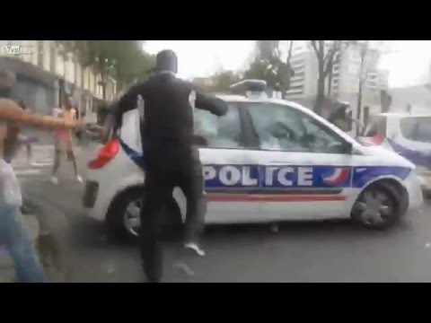 Muslim Riots in France take down the Police entering a no-go Zone - YouTube