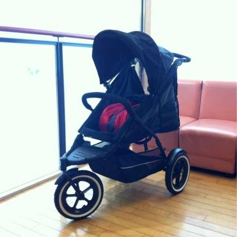 「邪魔だからベビーカーたためよ」→こども用車椅子なのに…