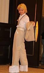 """成人式で異彩を放ったNMB木下百花""""国鉄制服""""を選んだ理由― スポニチ Sponichi Annex 芸能"""