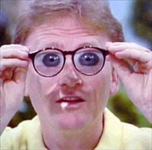 メガネは男性受けが悪い?