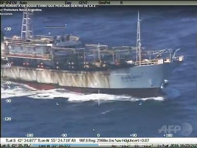 アルゼンチン、中国違法漁船を撃沈 警告無視し逃走・体当たり試み 写真7枚 国際ニュース:AFPBB News