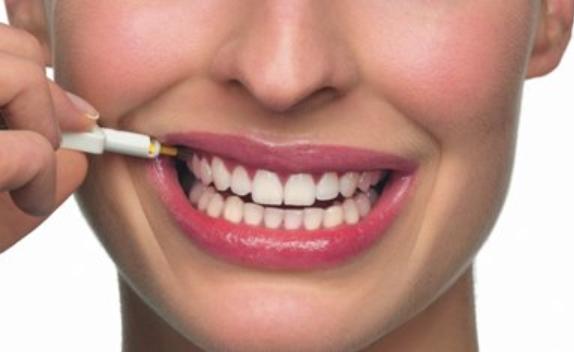 歯間ブラシの効果的な使い方とは | デンタルフロスのオカムラ