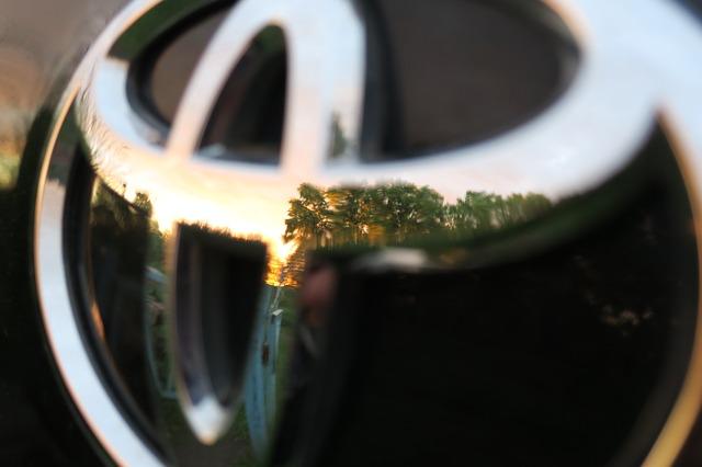 トヨタ自動車が今後5年間で米国に1.16兆円投資すると発表!トランプの影響か | NewShohin