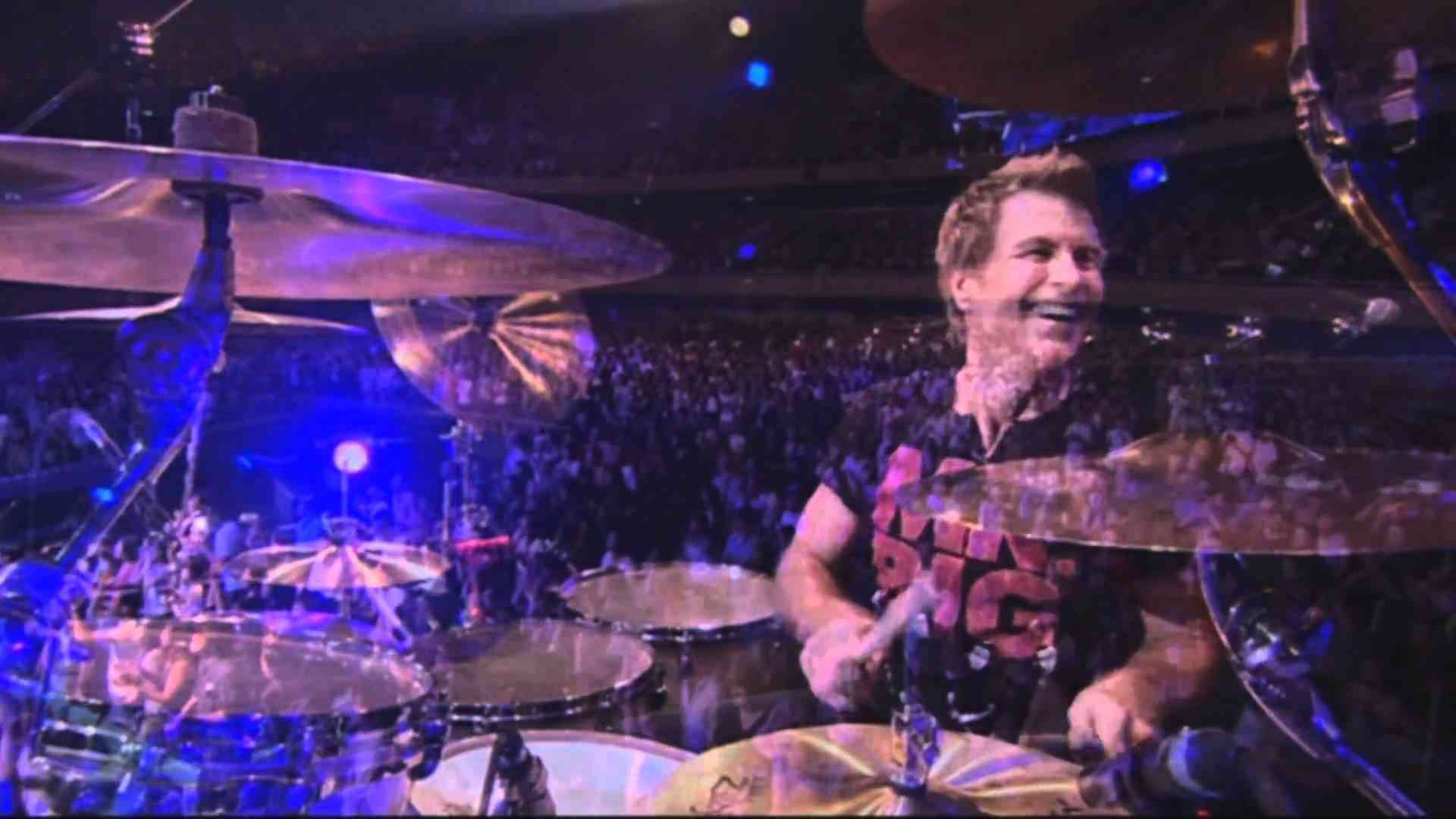 Mr. Big - Addicted To That Rush (HD Live Budokan) - YouTube