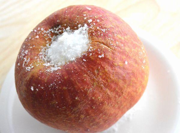 【レンジで7分】アツアツとろとろ! 「まるごと蒸しりんご」は簡単に作れる冬にうれしいほっこりおやつ