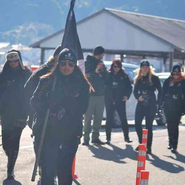 【画像】イルカ漁に抗議するため和歌山県太地町に居座るシー・シェパードの悪質な行動を記録した写真がネットで拡散中 - アクアカタリスト