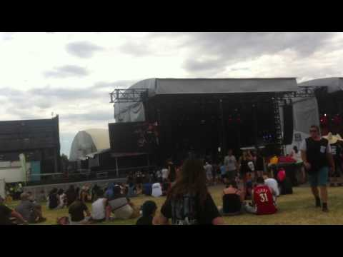 One OK Rock live at Melbourne Soundwave - YouTube