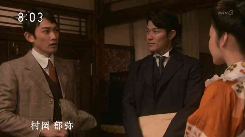 貫地谷しほり&町田啓太 制服2ショットに違和感なし 「お似合いすぎる」