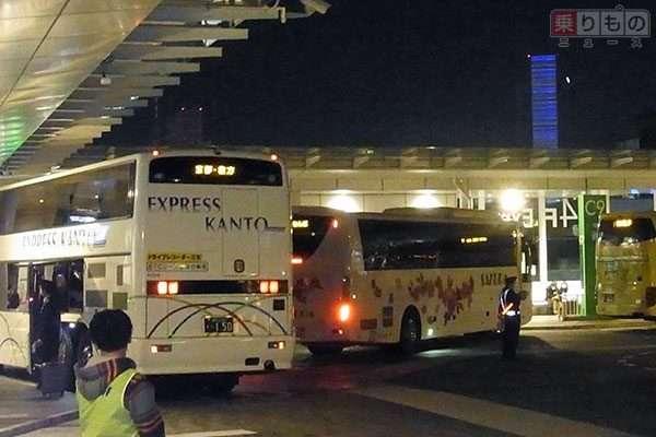 夜行バスにトイレは必要か? あえて「トイレなし」にするバス会社も その理由とは