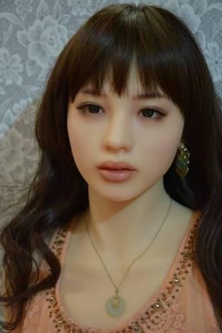 「完璧な美貌を求めるあなたへ」 美容整形いらず 夢の美少女マスク(タイ)