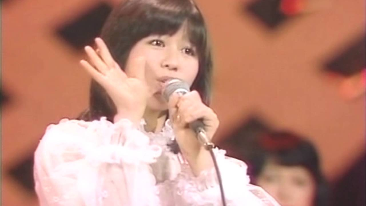 石野真子 失恋記念日 (1978) - YouTube