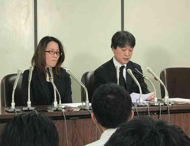 組み体操で転倒し後遺症、生徒が提訴 担任や区を相手に:朝日新聞デジタル