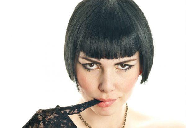 ブルゾンちえみですか?正直「彼女にやめてほしい化粧&髪型」TOP10 - 美レンジャー
