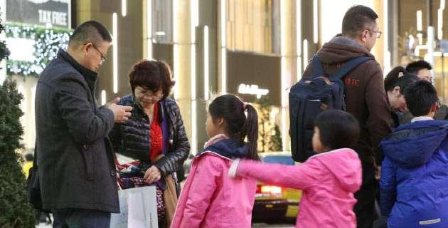 中国民泊大手の途家、日本に進出 新法見据える 訪日客の囲い込み狙う :日本経済新聞