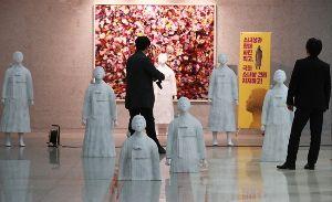 【キチガイ】韓国正義の党、国会議員会館に慰安婦像を多数設置wwwwww | 保守速報