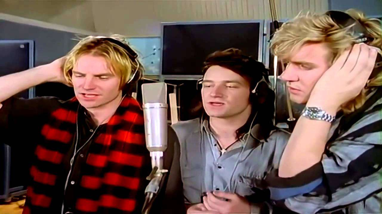 Do They Know It's Christmas / Band Aid - YouTube