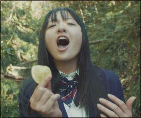 コイケヤCM歌動画が上手い!鈴木瑛美子の高校や彼氏、可愛い画像も   MAI★のLIFE IS FUN!ブログ