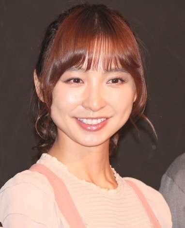 篠田麻里子、こじはる卒コン出席?出演舞台の日程「うまく調整させられた」