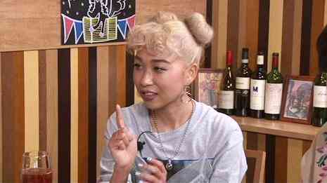 青山テルマ、交際相手の携帯ロックはずしてチェック 松本人志「軽蔑する」