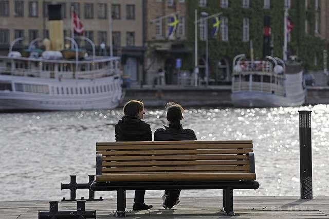 スウェーデンの地方議員が提案 「勤務中に性交渉の休憩を取るべき」